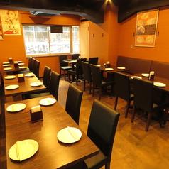 インドレストラン ワイン&バー スーリヤ チャンドラの雰囲気1