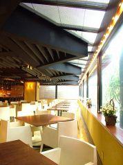 イタリアンカフェレストラン ラコルテ La Corteの雰囲気1