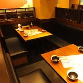 4名様テーブル席♪仲の良い仲間とどうぞ。