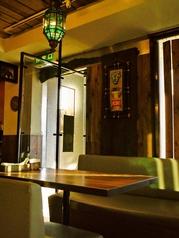 テーブル×ソファー ◆ ゆったり広々お食事をお楽しみください…♪