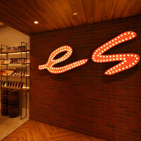 Oyster&Steak House es すすきの店(オイスター&ステーキハウス エス)|店舗イメージ2