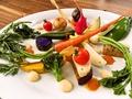 料理メニュー写真季節のお野菜14点盛り