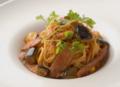 料理メニュー写真彩り野菜とソーセージのカポナータ