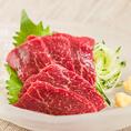 馬肉、人気です!ご宴会に+500円で馬刺し追加」などご好評いただいております!!低カロリーで高タンパク、ミネラル豊富な馬肉は健康にも◎!塩ユッケのご用意もございます!