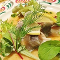 料理メニュー写真鮮魚カルパッチョ
