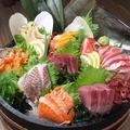 料理メニュー写真貝魚刺八点盛り