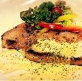 料理メニュー写真厚切りBigベーコンステーキ