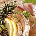 料理メニュー写真●新鮮な鮮魚刺し・胡麻カンパチ