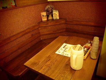 インド定食 ターリー屋 西新宿本店の雰囲気1
