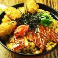 『宮島丼』850円広島ならではの食材も沢山★パリッとカキフライ&ふわふわの穴子を乗せた一品ランチにもサクのみの夕食にも◎