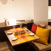簾・カーテン半個室も多数ご用意。池袋 、西口のバルでご宴会、女子会、飲み放題 、合コンを。