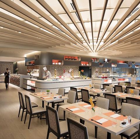 小田原の自然や文化をデザインしたインテリアが特徴のオールデイダイニングレストラン