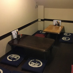 ゆったり座れるテーブル席☆