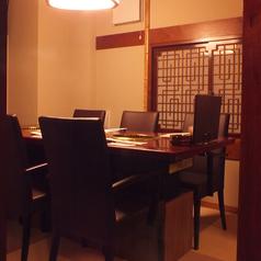 焼肉レストラン 徳寿苑の雰囲気1