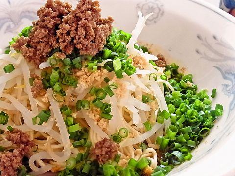 中華料理ならではの辛い料理はもちろん、塩味などのやさしい味付けの料理も充実。