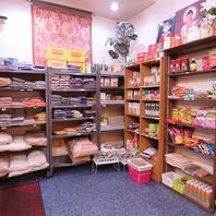 現地インドのお米や香辛料を店頭販売しております!