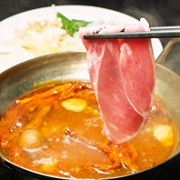 和牛赤身と豚しゃぶが食べ放題!
