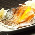 料理メニュー写真大トロ炙り〆鯖