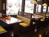 テーブル席4名席×12卓