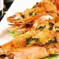 料理メニュー写真有頭海老のウニマヨ焼き(2本)