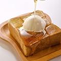 料理メニュー写真ハニー・バタートーストONバニラアイス <1/4斤>