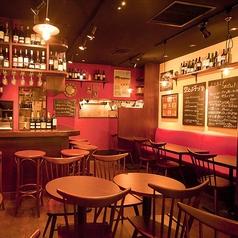 ワイン食堂 空とぶ子ぶた 大崎ニューシティー店の雰囲気1