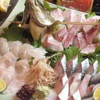 生簀から生きた魚を、提供する直前に捌くため鮮度抜群!