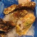 宮城名物 殻付き牡蠣!!生のまま召し上がるもよし、焼いて召し上がるのも良し、お好みの食べ方でご堪能ください。※旬は主に11月~2月。