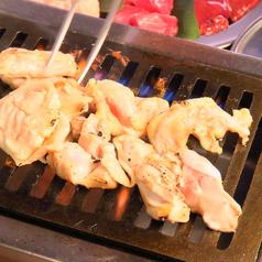 大衆鶏焼肉 鶏としの特集写真