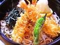 料理メニュー写真天ぷらおろし(いなり・吸物付)