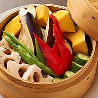 新横浜の地元野菜を使用