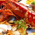 料理メニュー写真オマール海老とポルチーニ茸のトマトクリームソース