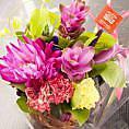 1、送別会で大人気の特典★男性、女性、その人にあったイメージで花束をご用意致します。 感謝の言葉を添えてお渡し下さい♪ ※送る人数、送られる人数のバランスにより多少大きさが異なります。  事前にご相談下さい。