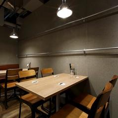 人数に合わせて対応可能なテーブル席です。シーンに合わせてお席をご案内致します♪