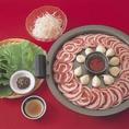 「ハンアリ」で大人気のサムギョプサル♪特製タレとサンチュとご一緒にお肉をパクッと!!ビールがすすみます♪
