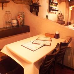 カジュアルにお楽しみいただける雰囲気です★落ち着いた雰囲気はゆったりとしたディナーをお楽しみ頂けます♪