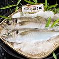 また、大分県が全国に誇るブランド鮮魚「関アジ・関サバ」は佐賀関沖の豊予海峡で、大分県漁協佐賀関支店の組合員に一本釣りされています。