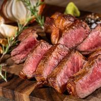 本格グリルのお肉料理。シェアスタイルでどうぞ。