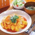 料理メニュー写真タイ風オムライス