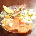料理メニュー写真本日鮮魚のカルパッチョ4種盛り