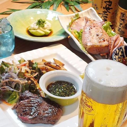 県内外問わず旬の美味しい魚や野菜を使った沖縄料理の数々を堪能できるお店。