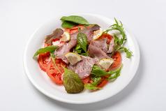 料理メニュー写真【サラダ】ローストポークのカルパッチョサラダ