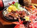料理メニュー写真特撰牛肉ステーキ  ローストガーリックソース