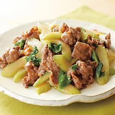 料理メニュー写真牛肉とセロリ炒め/牛肉と長ネギの醤油炒め