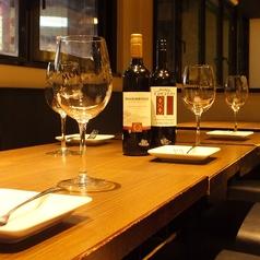 2名様から8名様までのテーブル席がございます。