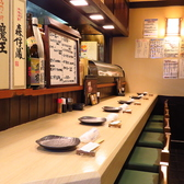料理が出来るのが待ち遠しくなるカウンター席。常連様にも人気です。