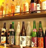 全国各地から集めた地酒・梅酒・焼酎も多彩
