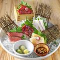 料理メニュー写真お肉たちの宴~五種肉の盛り合わせ[二人前]