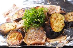 ナスと豚のピリ辛炒め/ナス豚炒め(からしポン酢)
