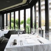 上質な空間でお食事をお楽しみ頂けるよう、シルバーやナプキンにもこだわっております。